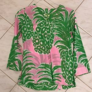 Never worn Lily Pulitzer blouse, like new!